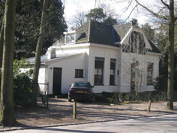 Villa mozartlaan 9 hilversum for Huis hilversum