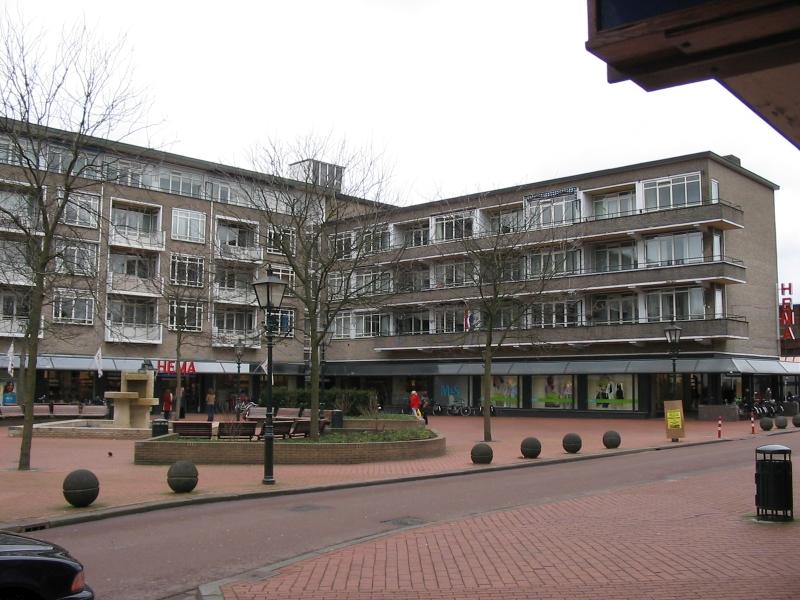 Bussum, Julianaplein