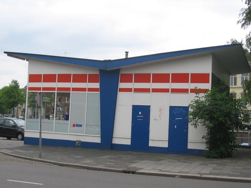 Groningen, Esso-station