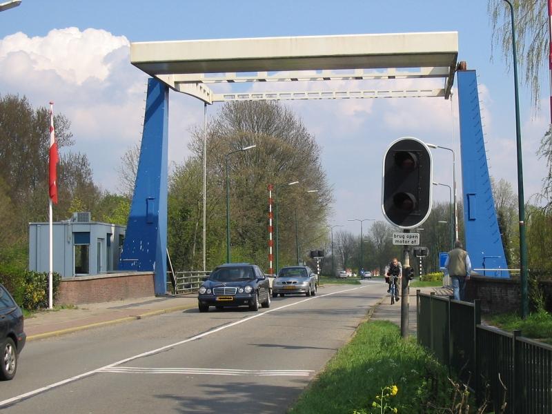 Vreeland, brug en brugwachterswoning